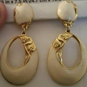 Jewelry - Vintage Edgar Berebi White and Gold Clip Earrings.